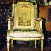 Armchair with Aubusson tapestry Louis XVI style from the 18th century