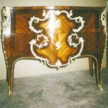 Louis XV style commode in rosewood kingwood from 18th century
