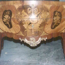 Louis XV style commode with marquetry trophy from 18th century